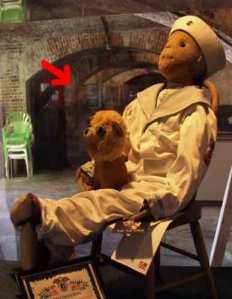 12 Boneka Terkutuk yang ada di Dunia
